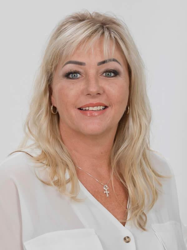 Taryn Retief